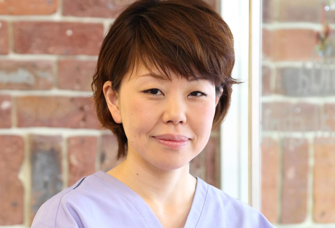 副院長(矯正担当)日本矯正歯科学会認定医 吉田亜貴
